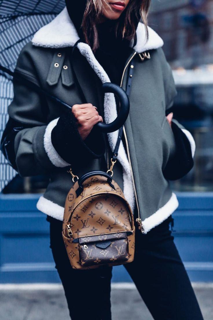 Маленький рюкзак louis vuitton