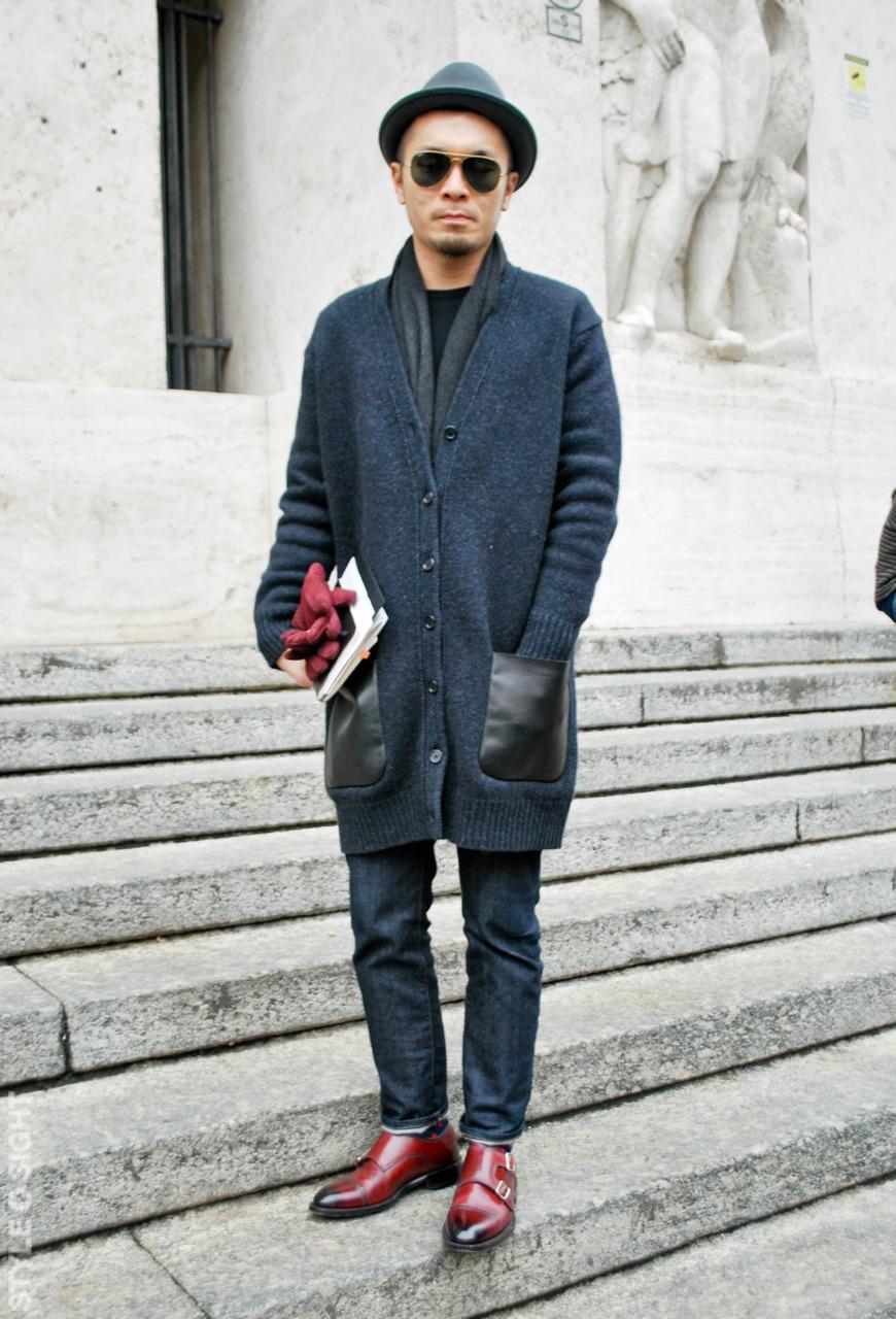 Мужские перчатки малиновые