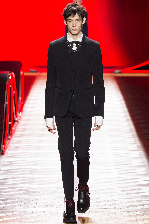 Мужской классический костюм Dior 2017