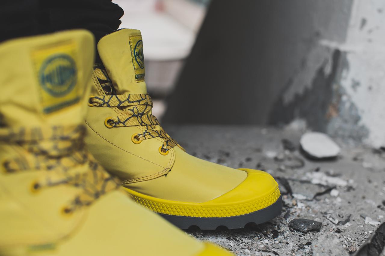 Желтые ботинки Palladium