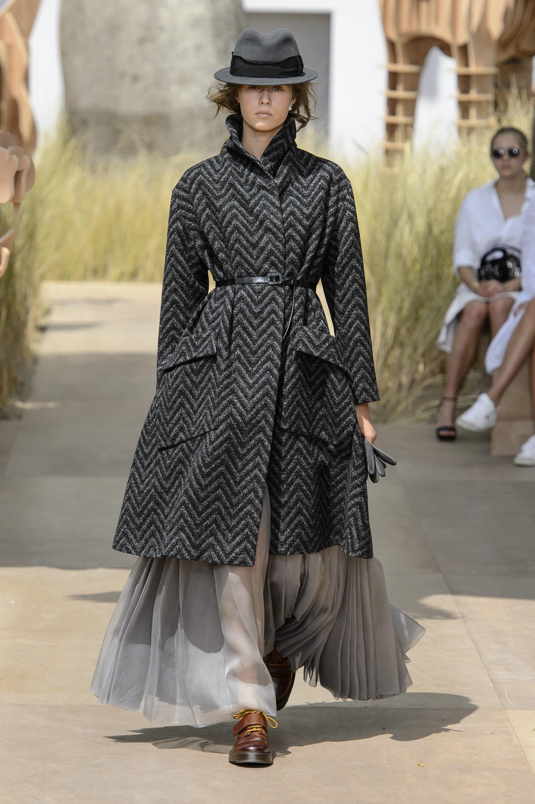 Классическое пальто Dior 2017