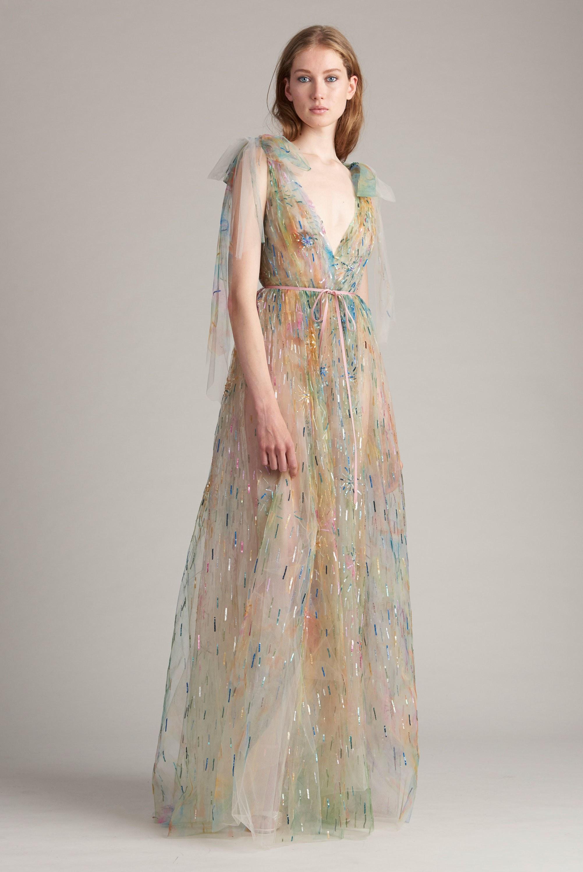 Платье в пастельных тонах на новый год 2018