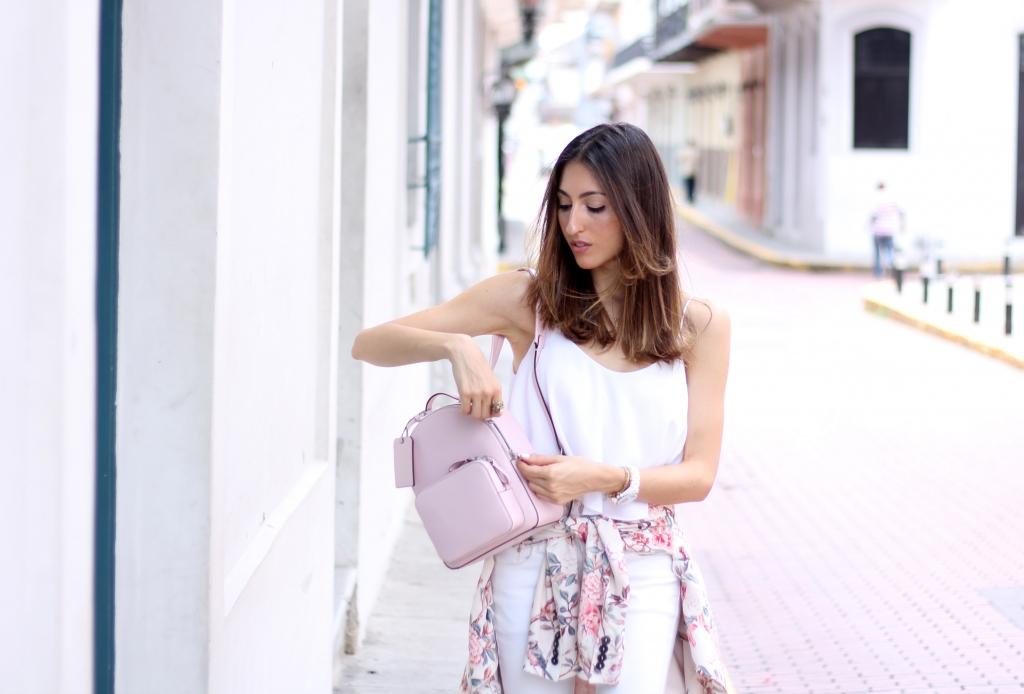кручения белый рюкзак с чем носить фото забавы