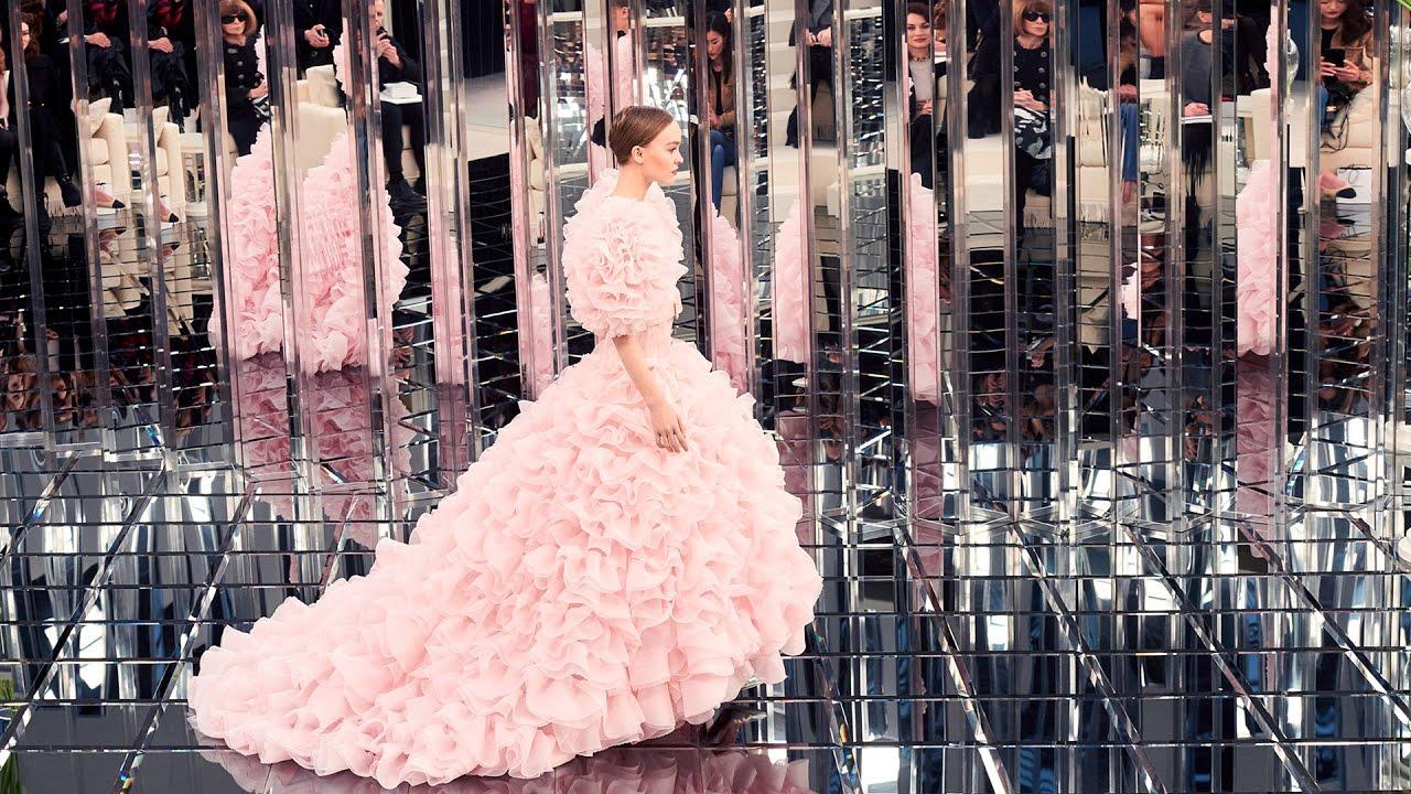 Шанель 2017 розовое платье