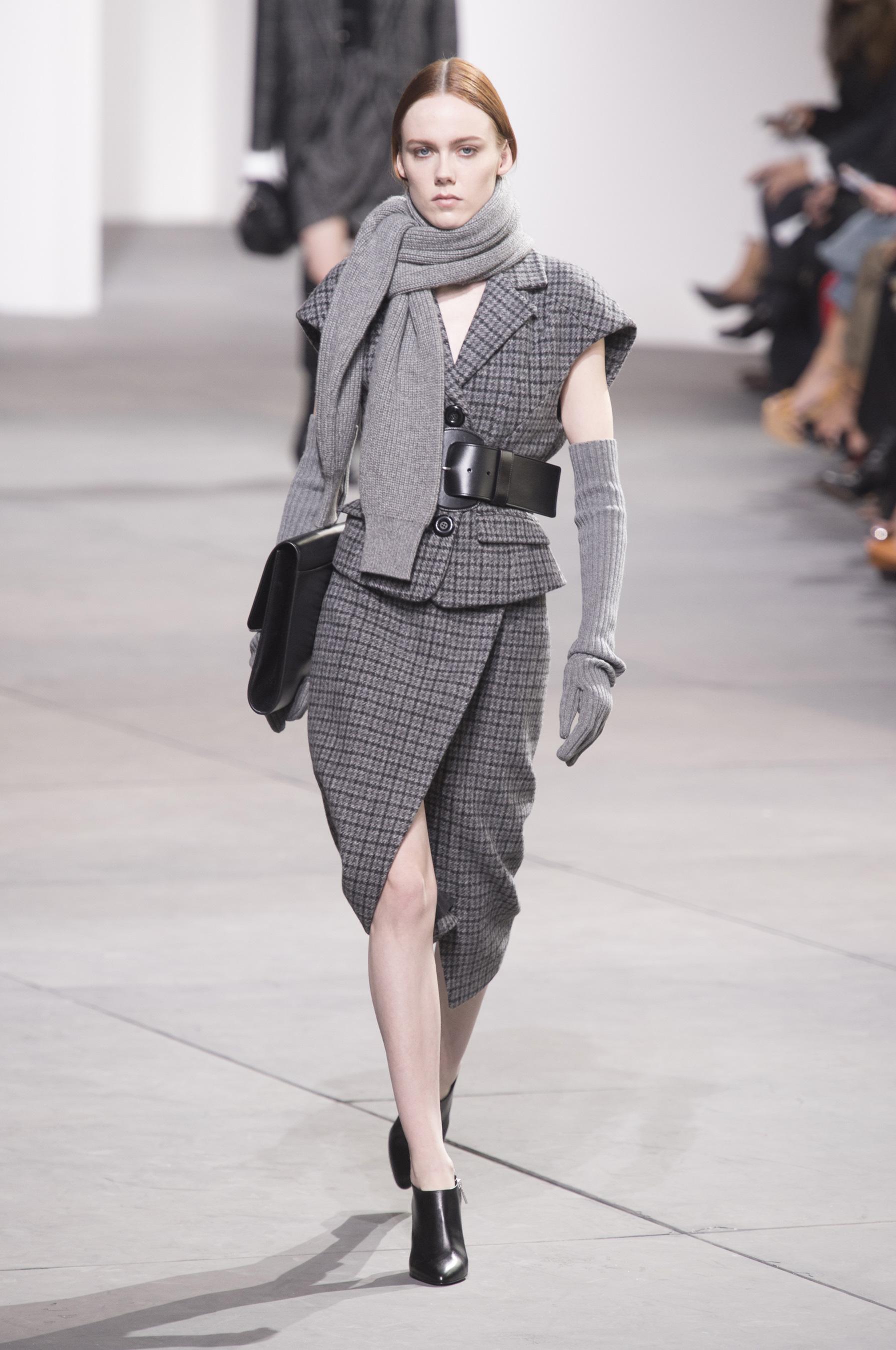 Вязаный шарф шерстяной