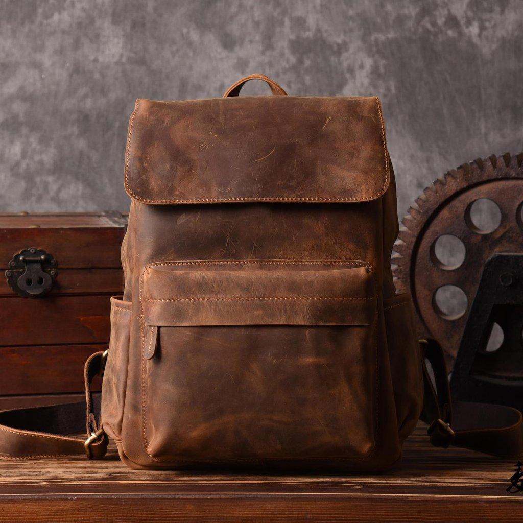 Кожаный рюкзак состаренный
