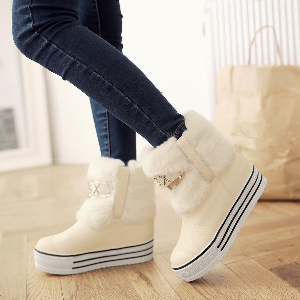 Спортивные ботинки с мехом