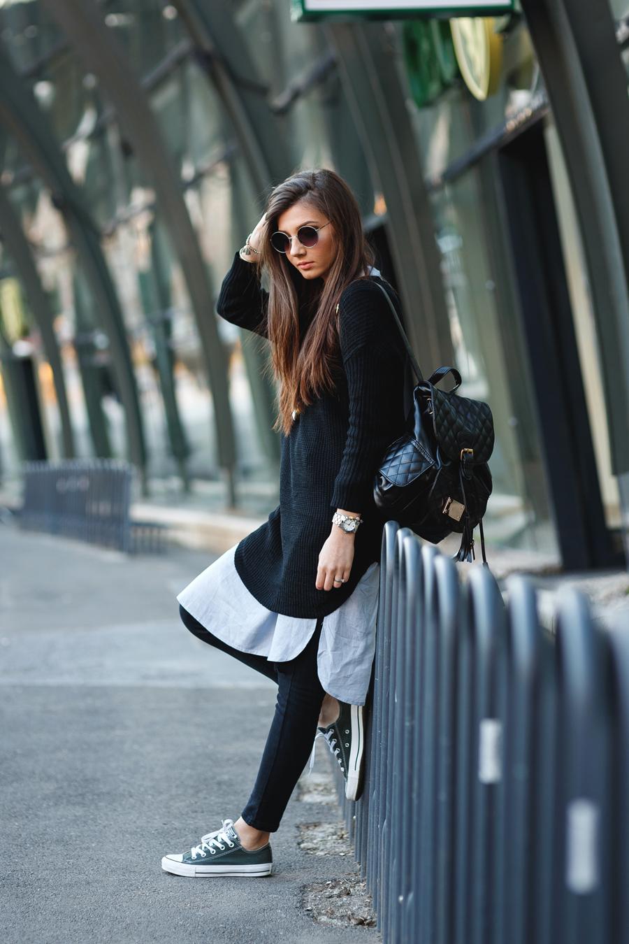 Черный рюкзак со стежками