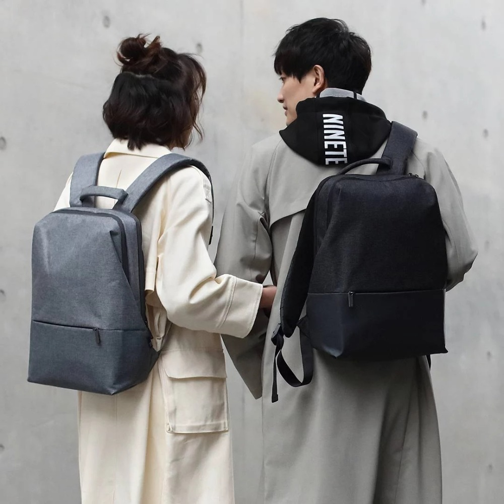Серый рюкзак стильный