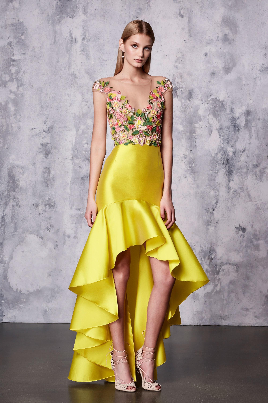 Желтое платье с асимметричной юбкой на новый год 2018