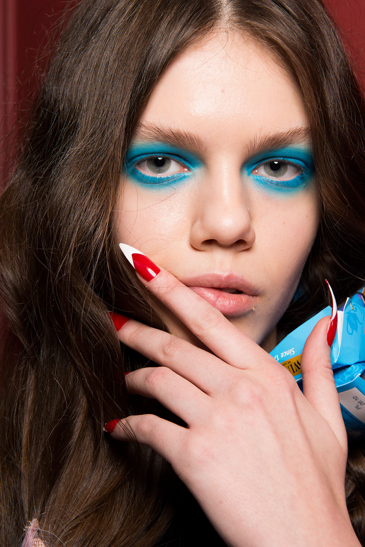 Синий макияж 2017