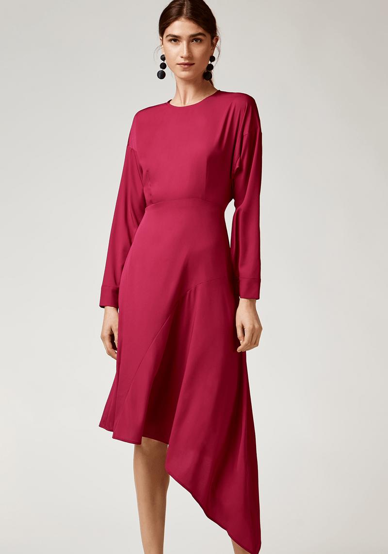Платье для женщины 40 лет с асимметричной юбкой