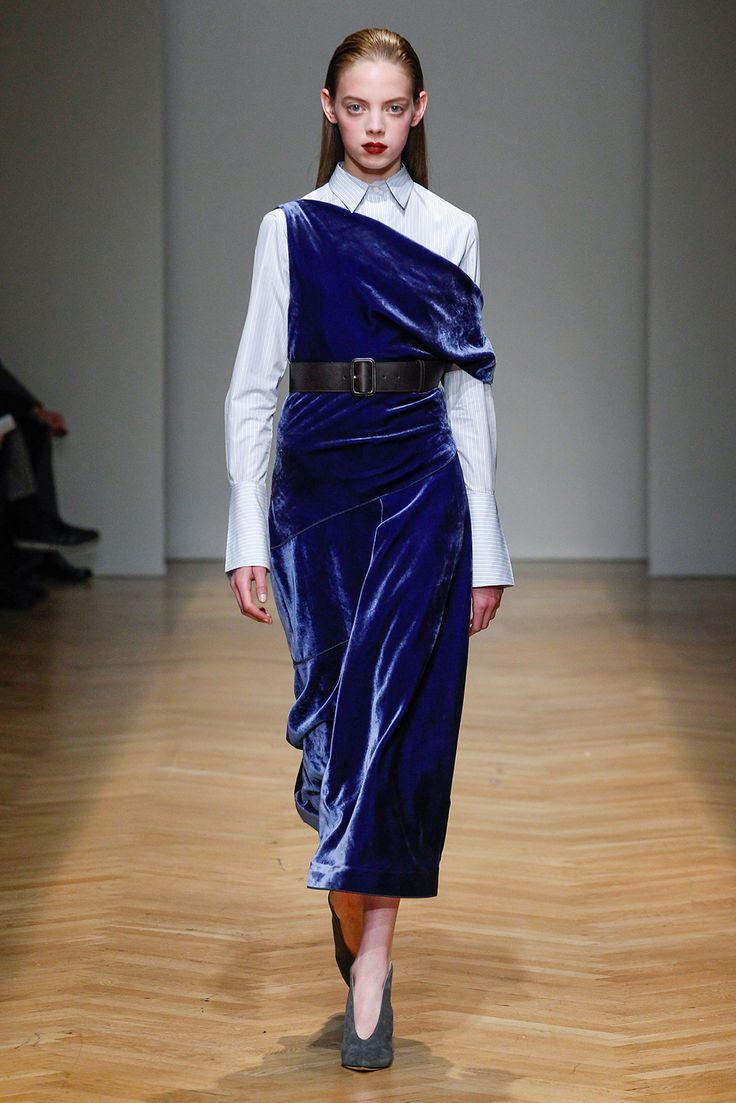 Платье зима 2018 бархатное