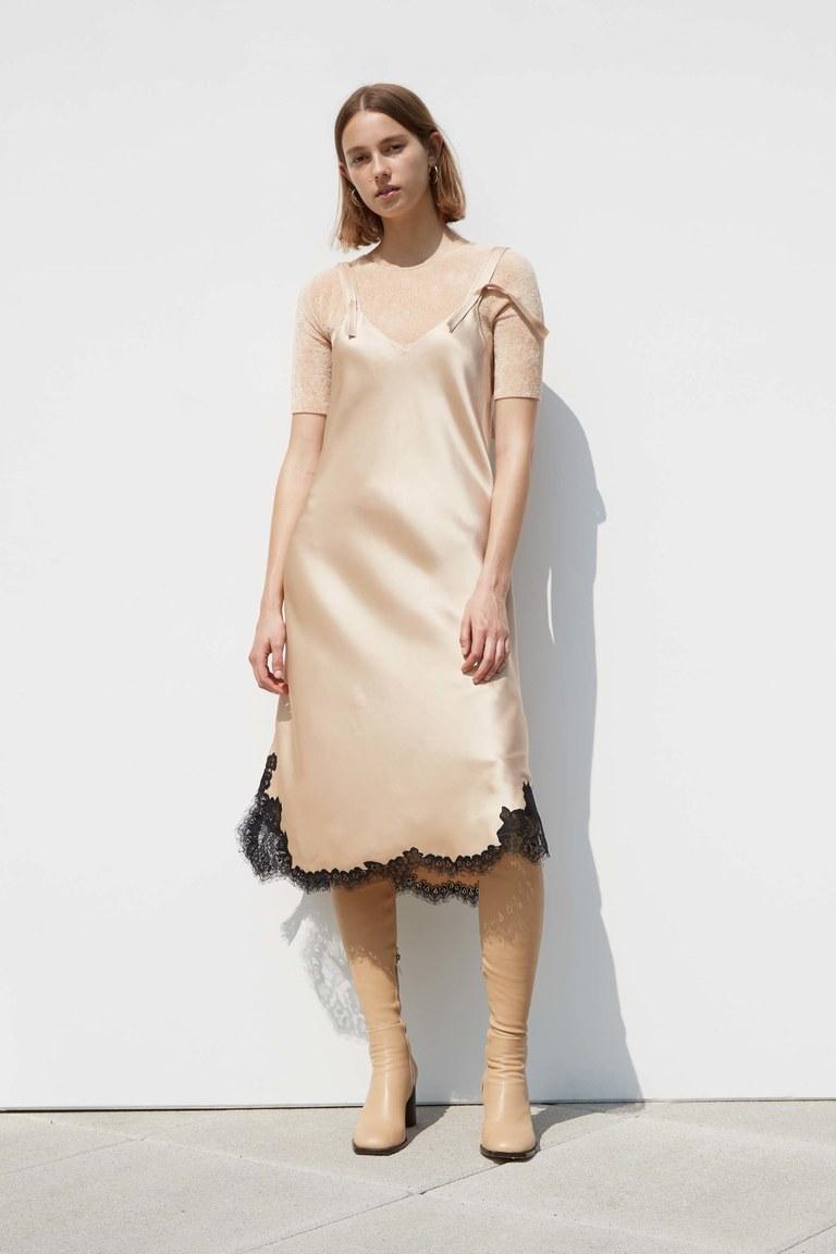 Коктейльное платье 2018 бежевое