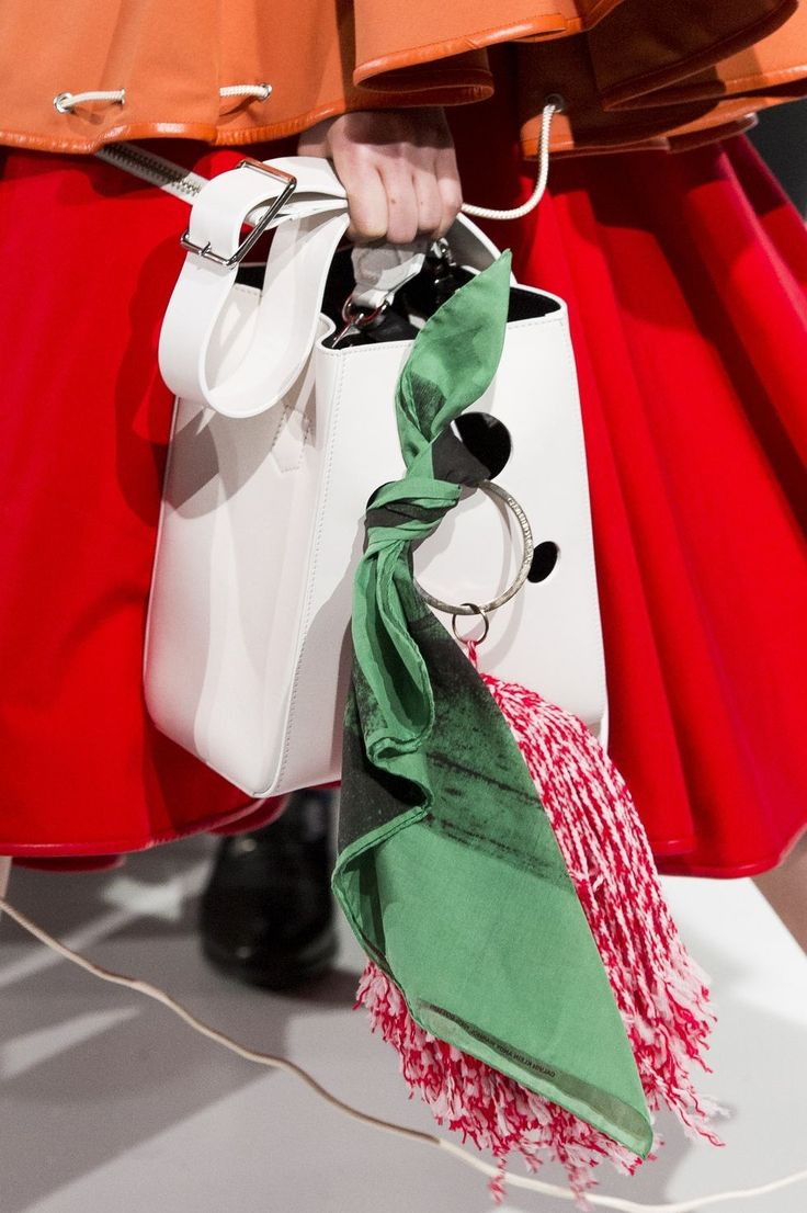 Calvin Klein 2018 белая сумка