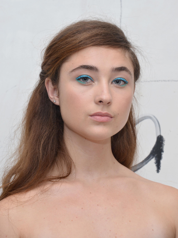 Сине-бирюзовый макияж