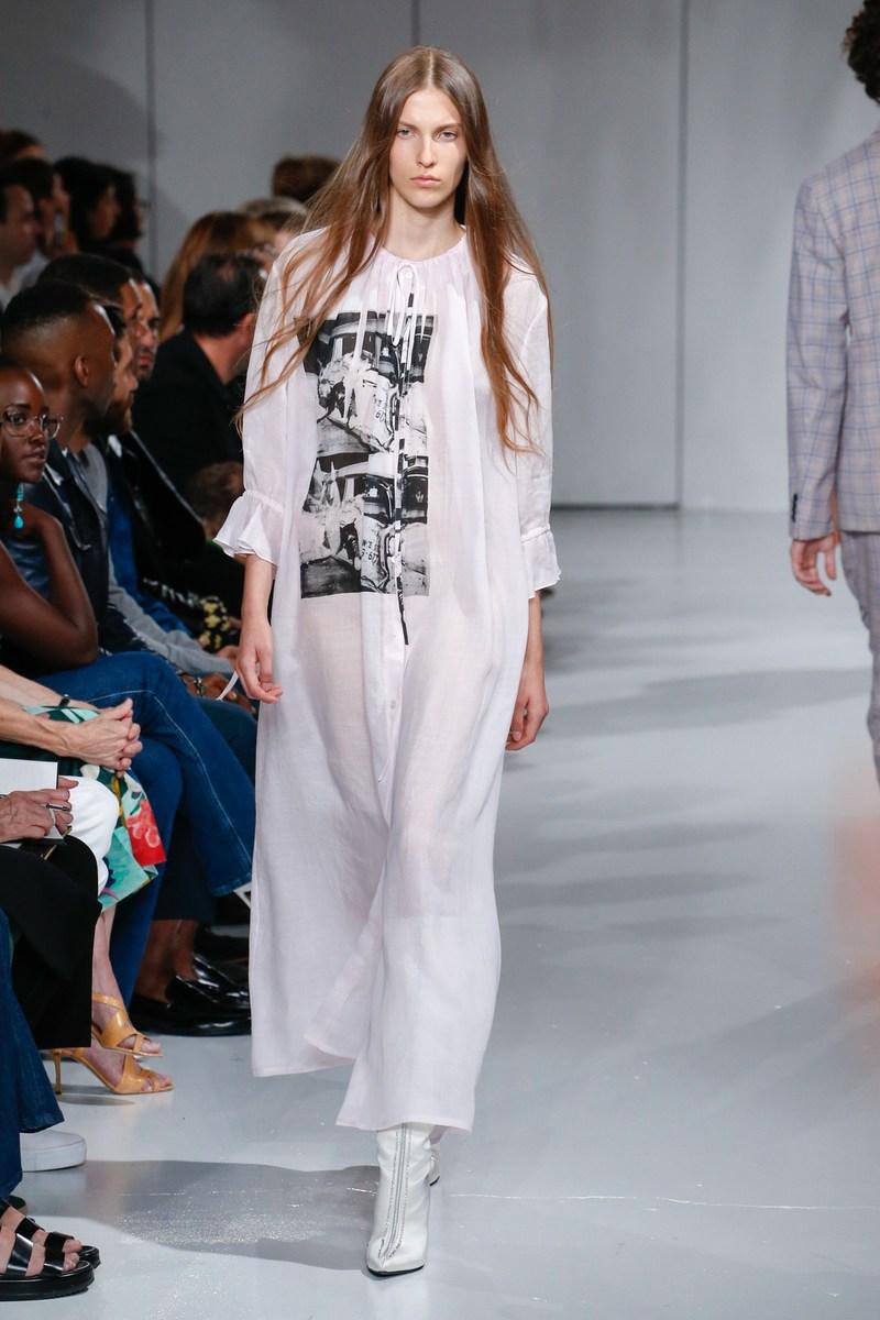Calvin Klein 2018 летнее платье