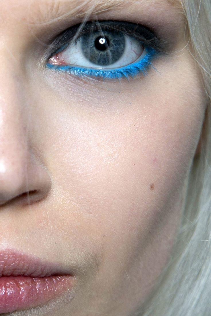 Синий макияж матовый 2018