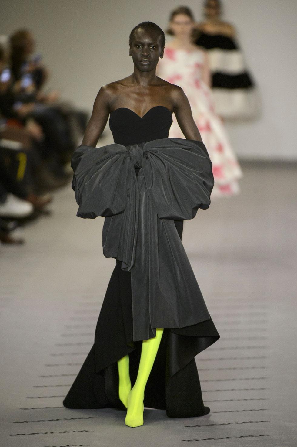 Вечернее платье Balenciaga