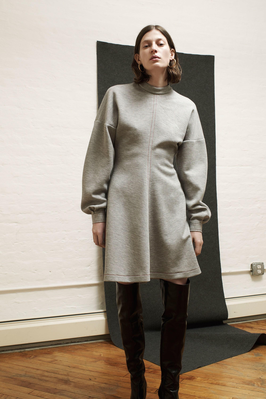 Платье зима 2018 простое