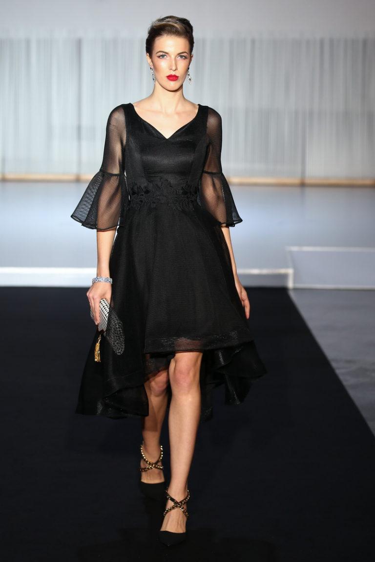 Платье для женщины 40 лет прозрачное