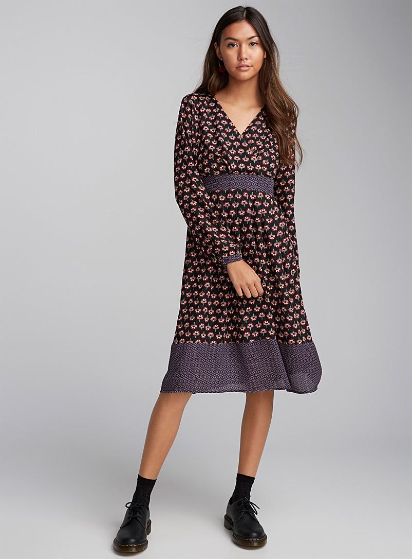 Платье для женщины 40 лет с рисунком