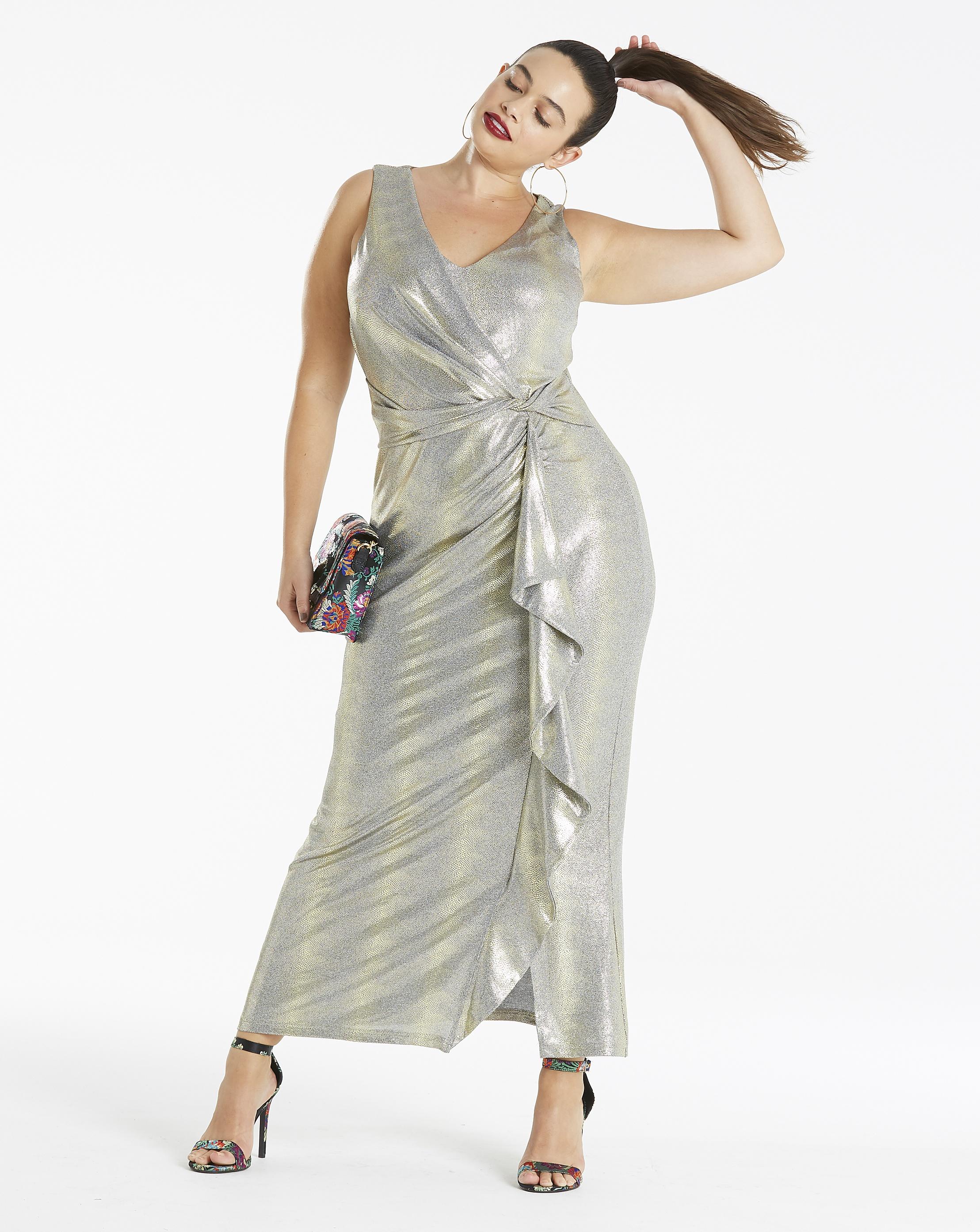 Вечернее платье для полных серебряное