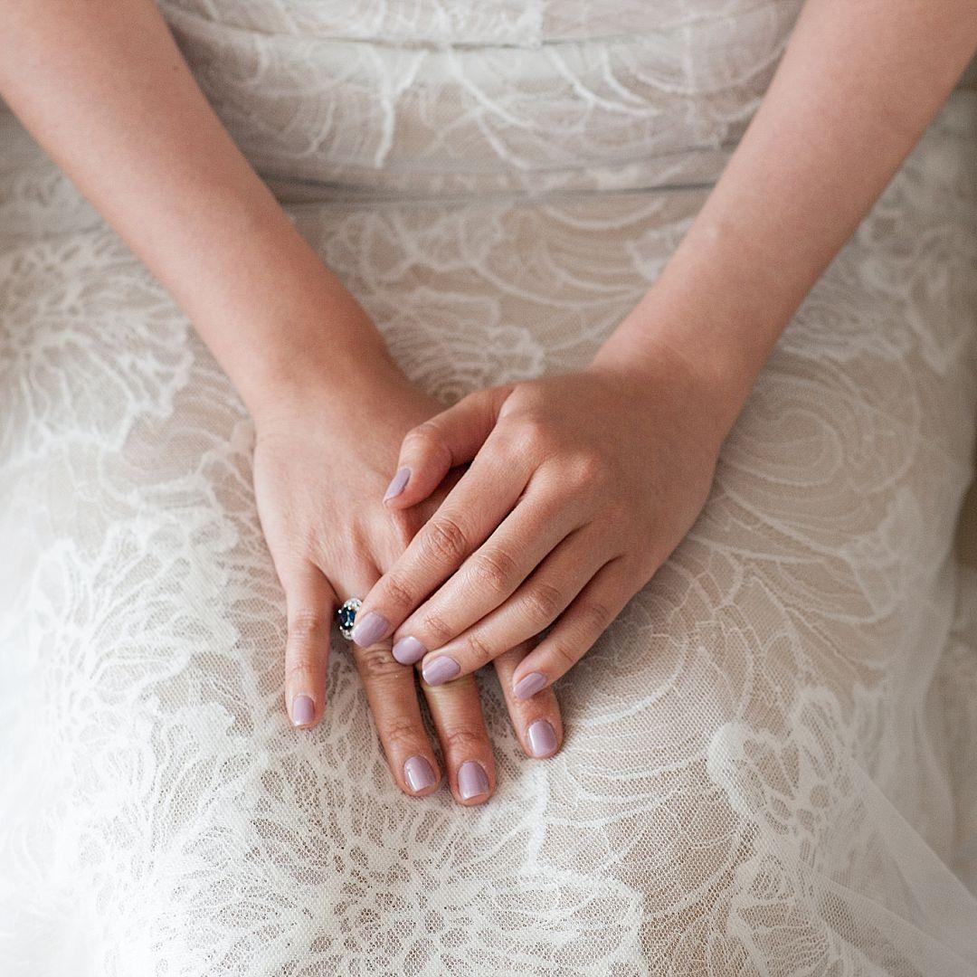 Свадебный маникюр 2017 сиреневый