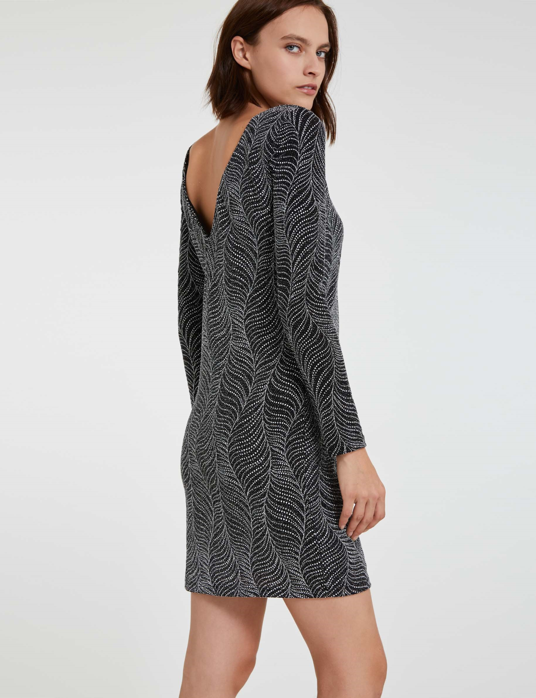 Платье для женщины 40 лет с узором