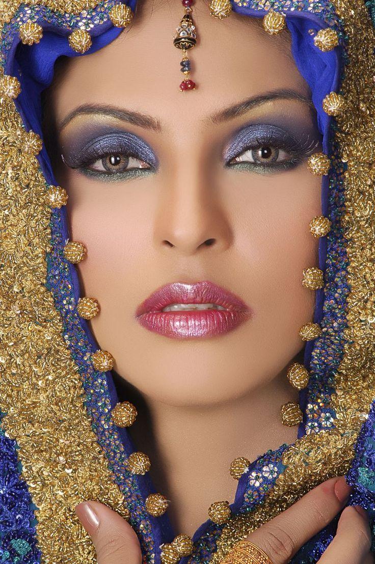Синий макияж для глаз