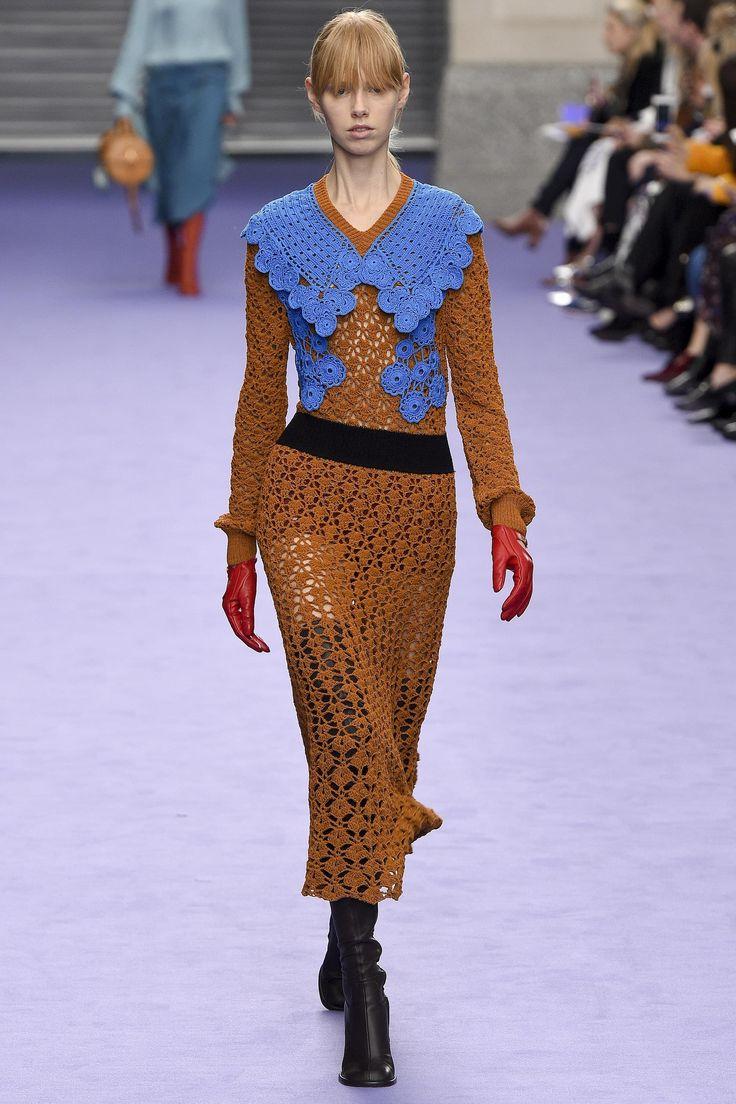 Платье зима 2018 вязаное