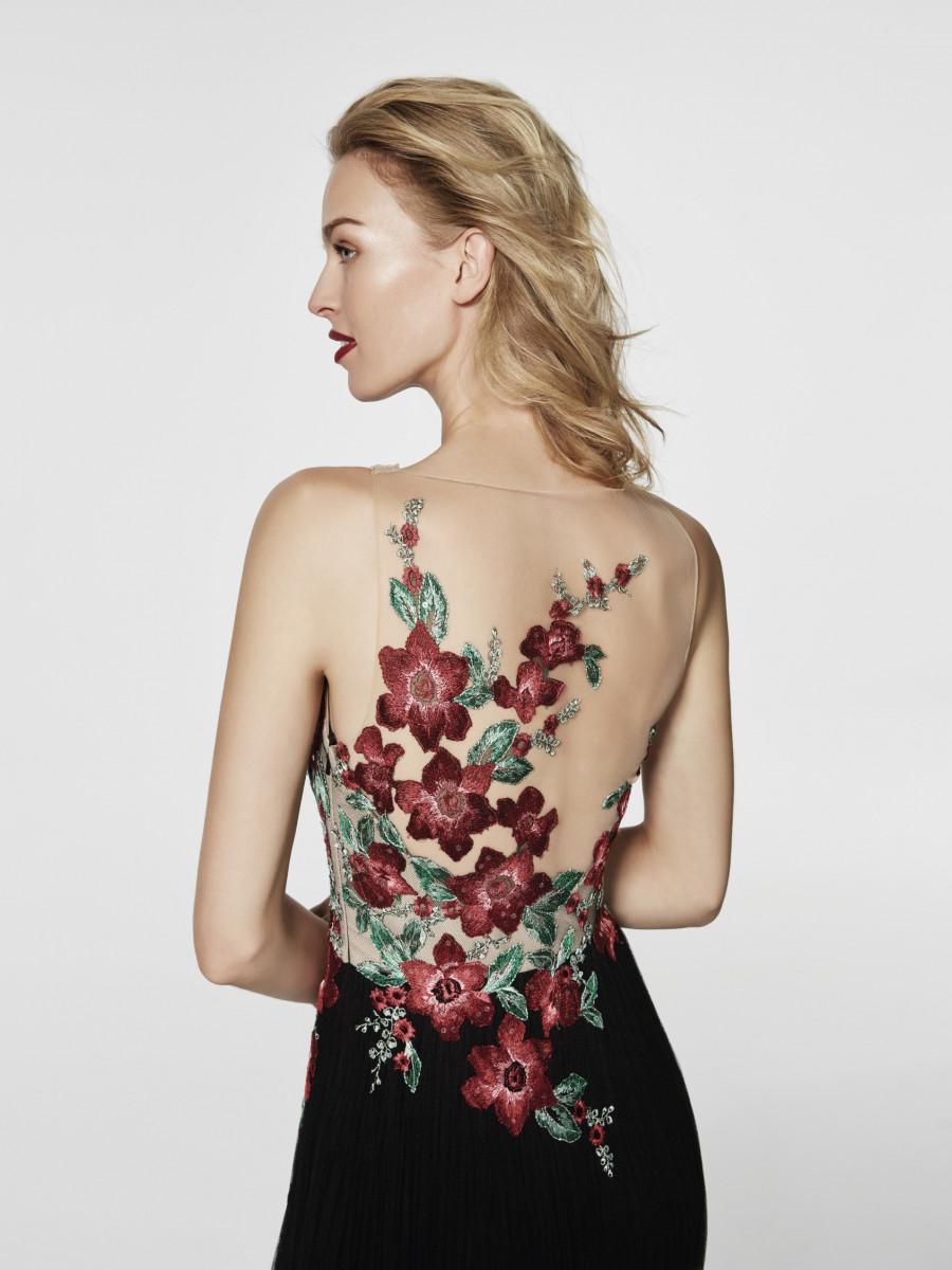 Коктейльное платье 2018 с вышивкой