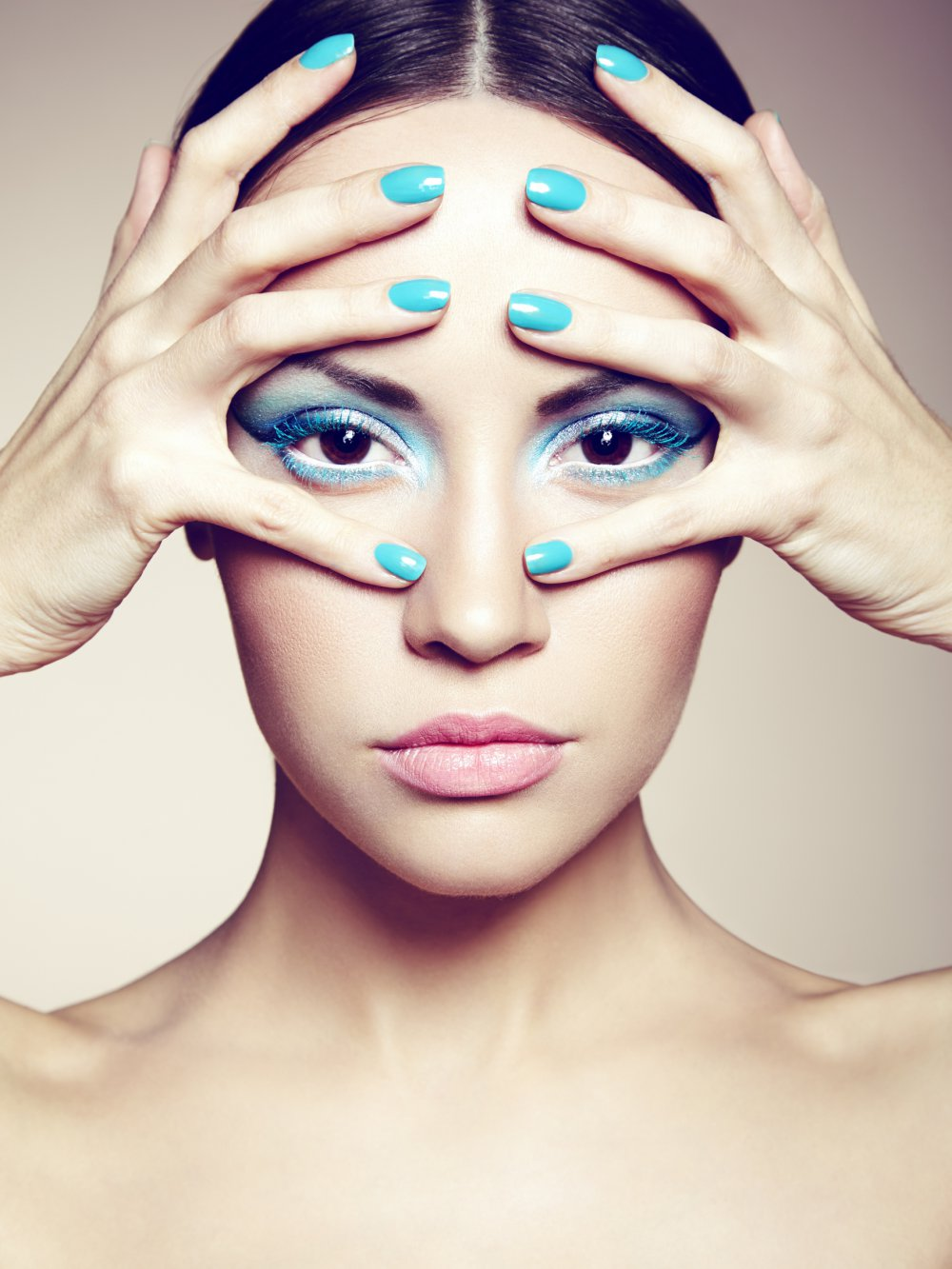 Синий макияж зимний