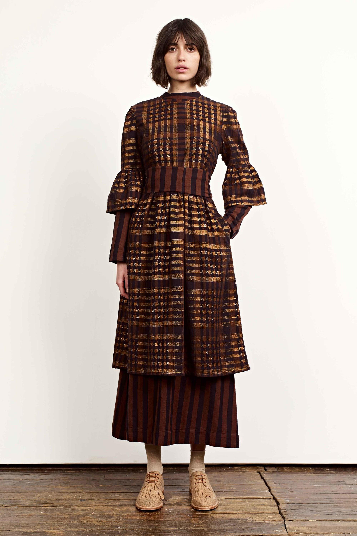 Платье зима 2018 золотое