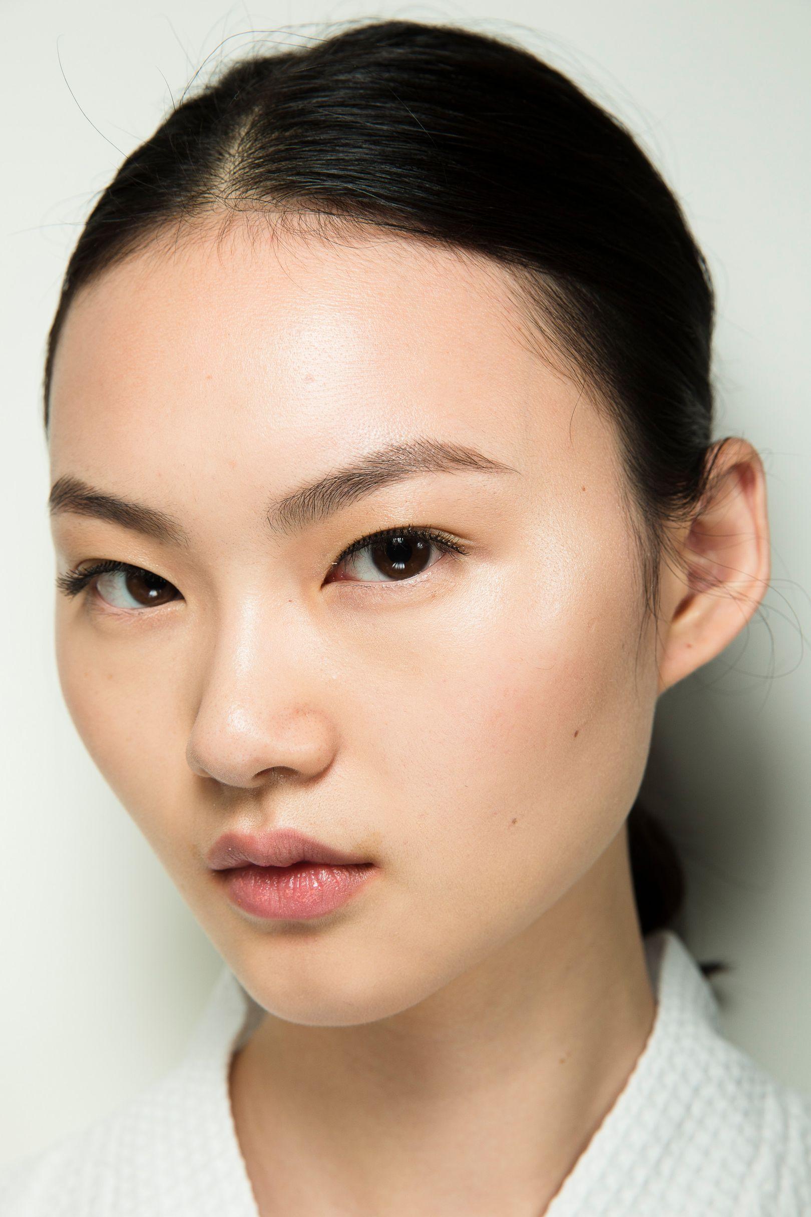 высота сцены макияж для монголоидного типа глаз фото золото классический