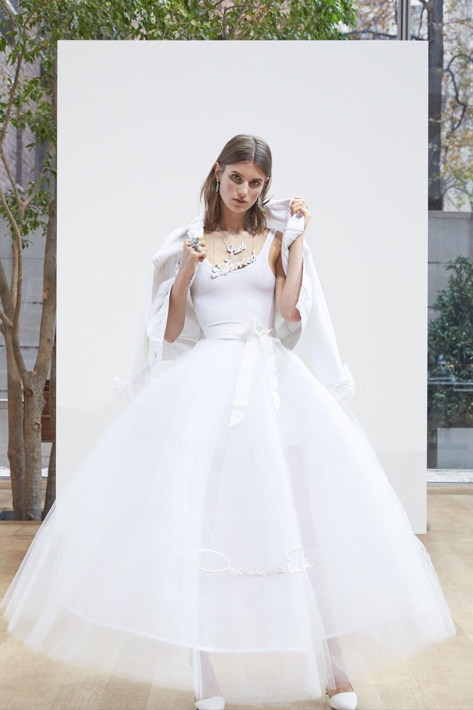 Свадебное платье 2018 белое