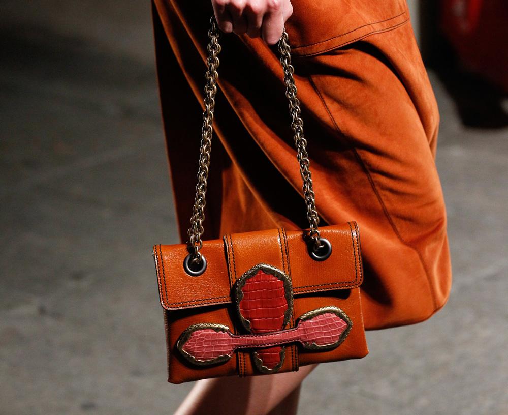 Бренды сумок Bottega veneta коричневая