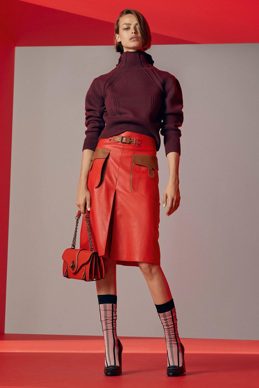 Бренды сумок Bottega veneta красная