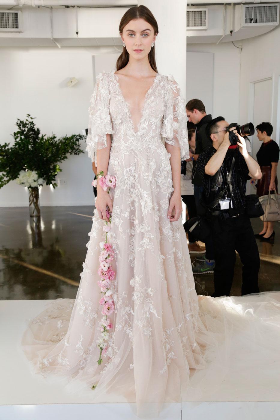 Свадебное платье 2018 цветочное