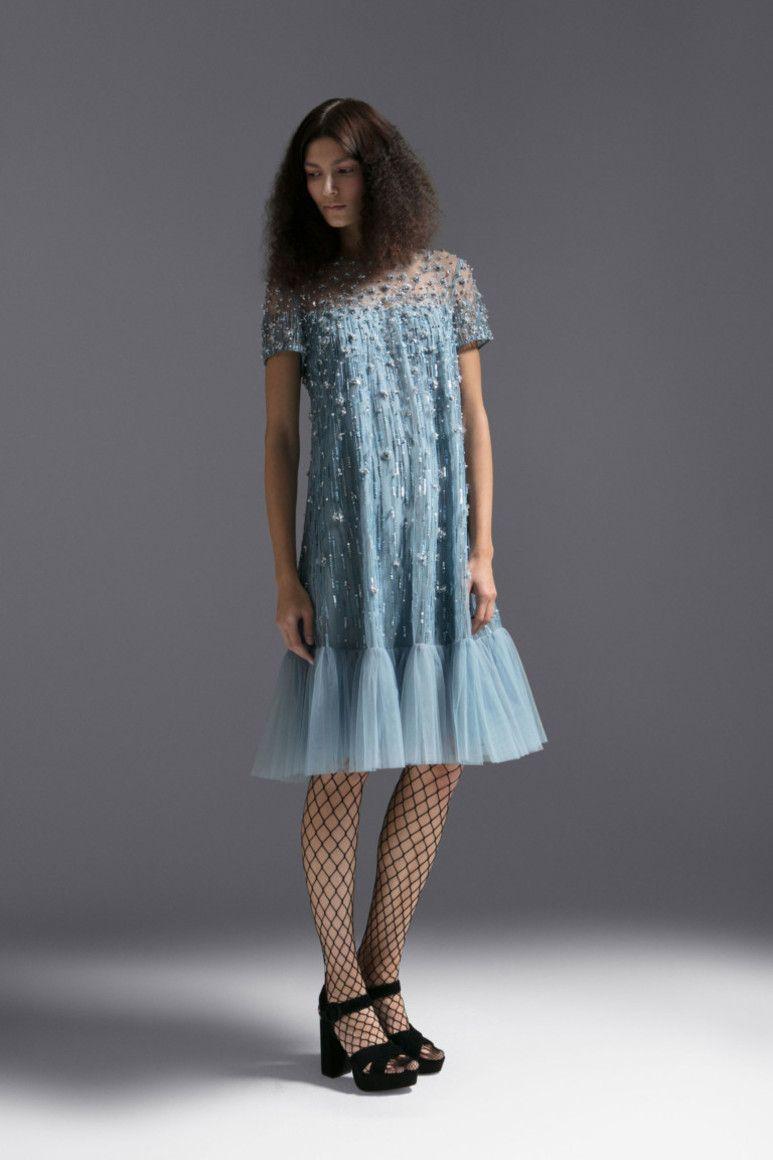 Платье оверсайз с декором