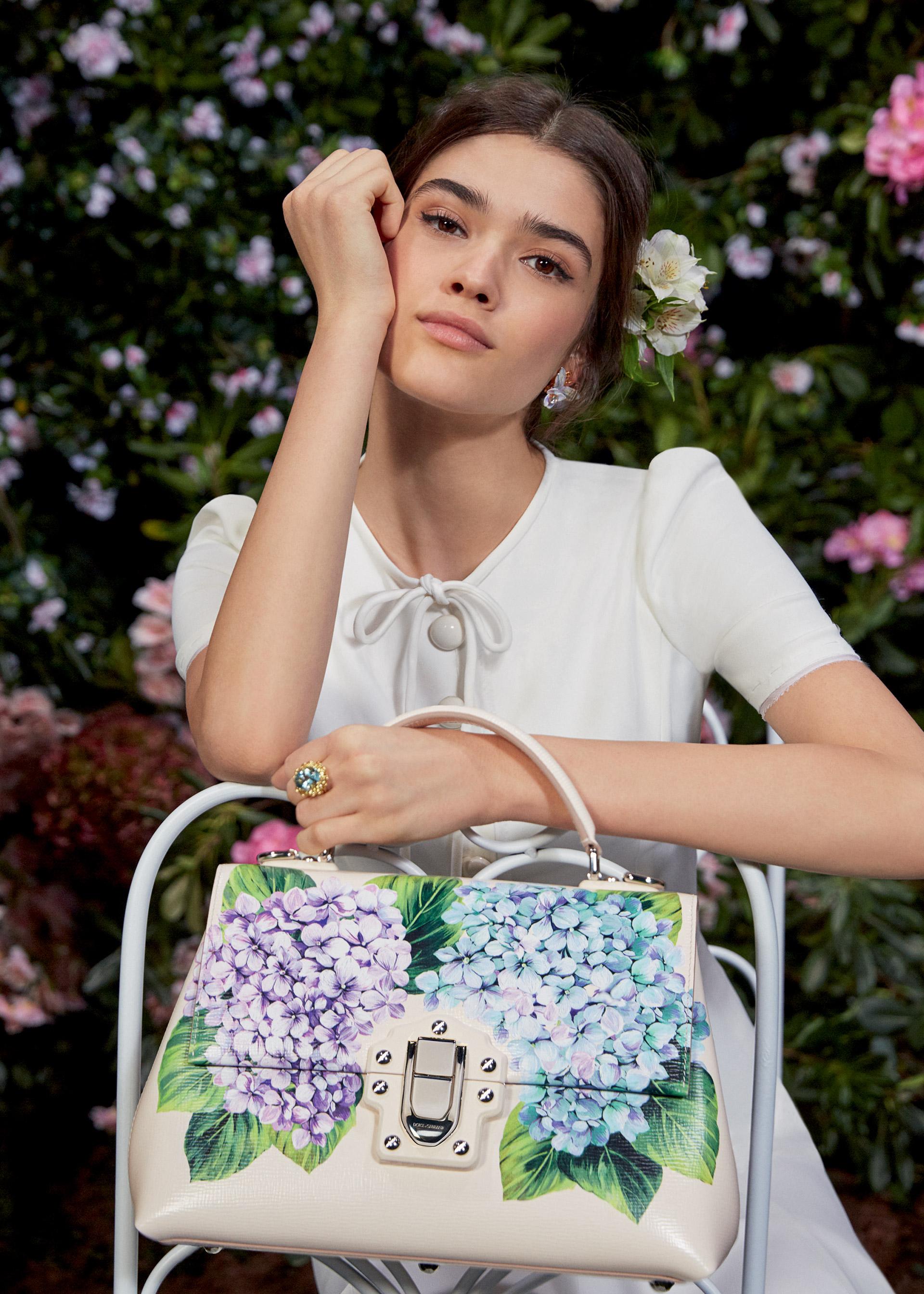 Бренды сумок Dolce Gabbana с цветами