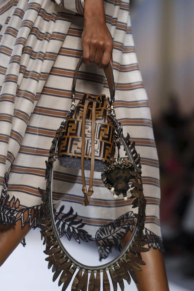 Бренды сумок Fendi маленькая