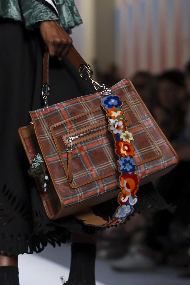 Бренды сумок Fendi с ремнем