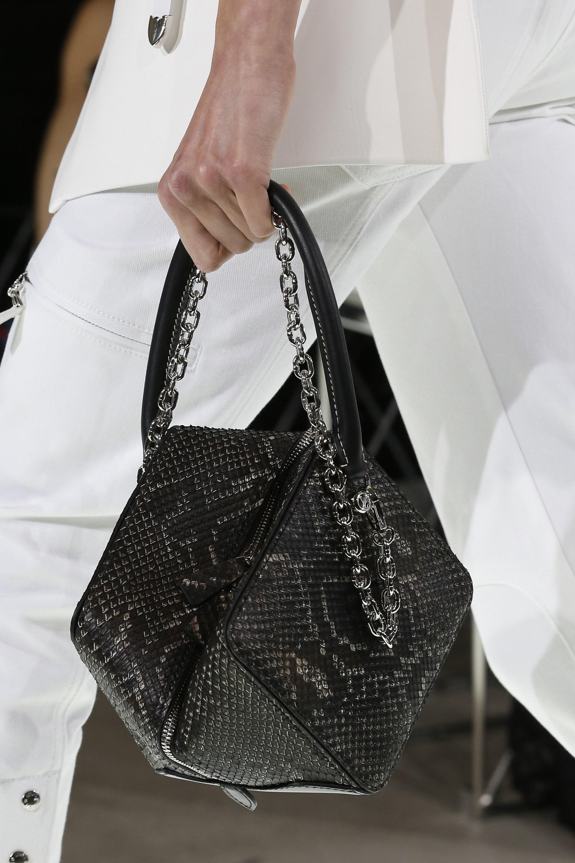 Бренды сумок Louis Vuitton с декором