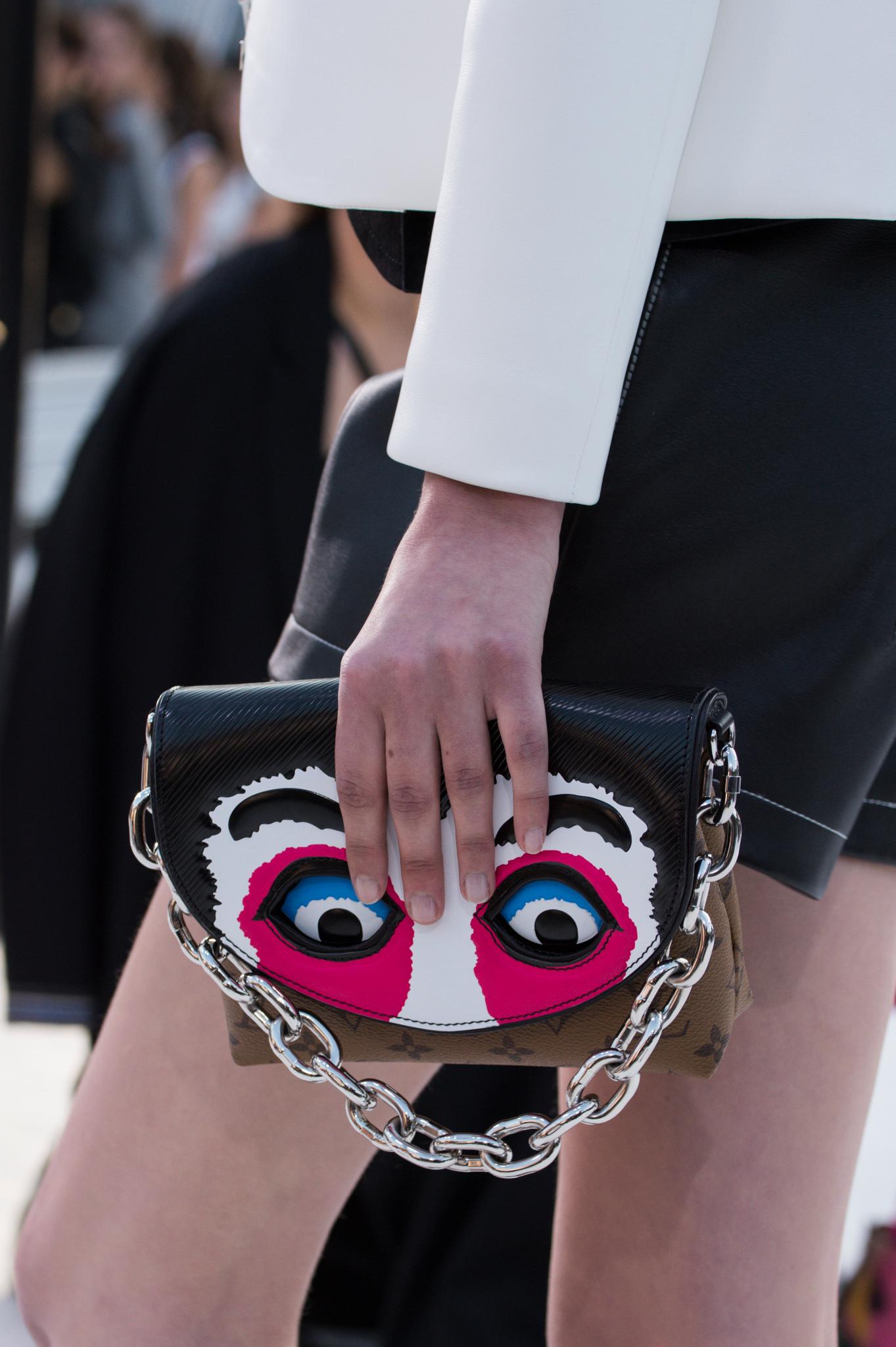 Бренды сумок Louis Vuitton клатч
