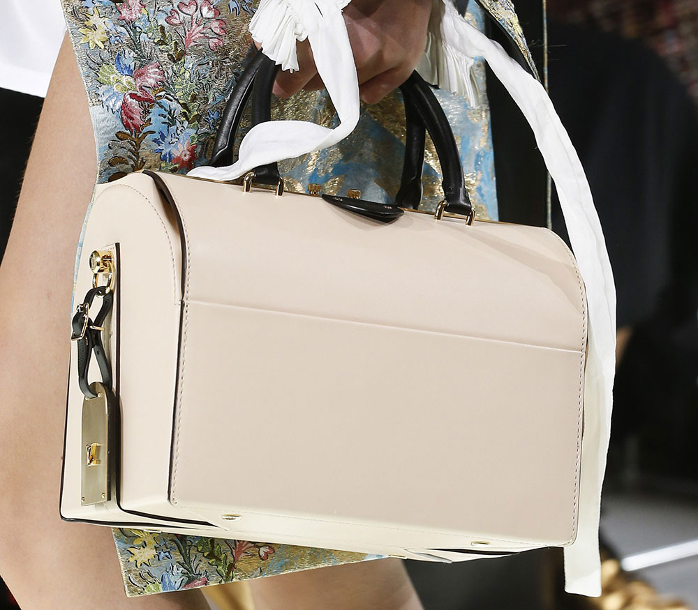 Бренды сумок Louis Vuitton саквояж