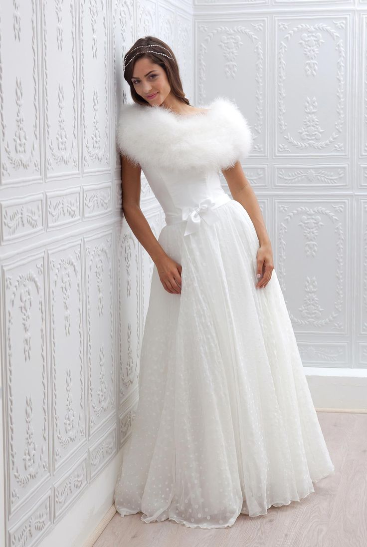 Свадебное платье 2018 с мехом