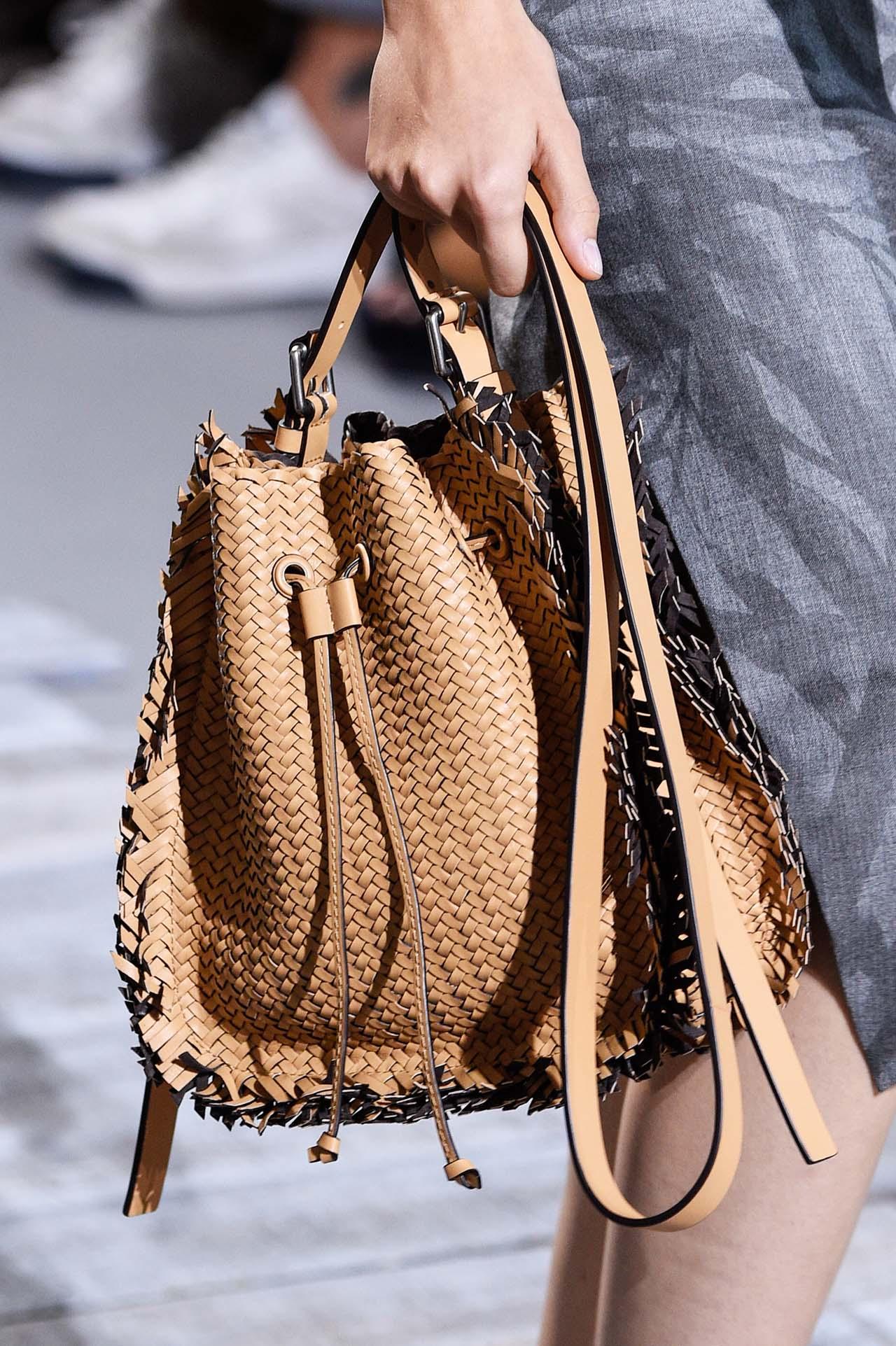 Бренды сумок Michael Kors плетеная