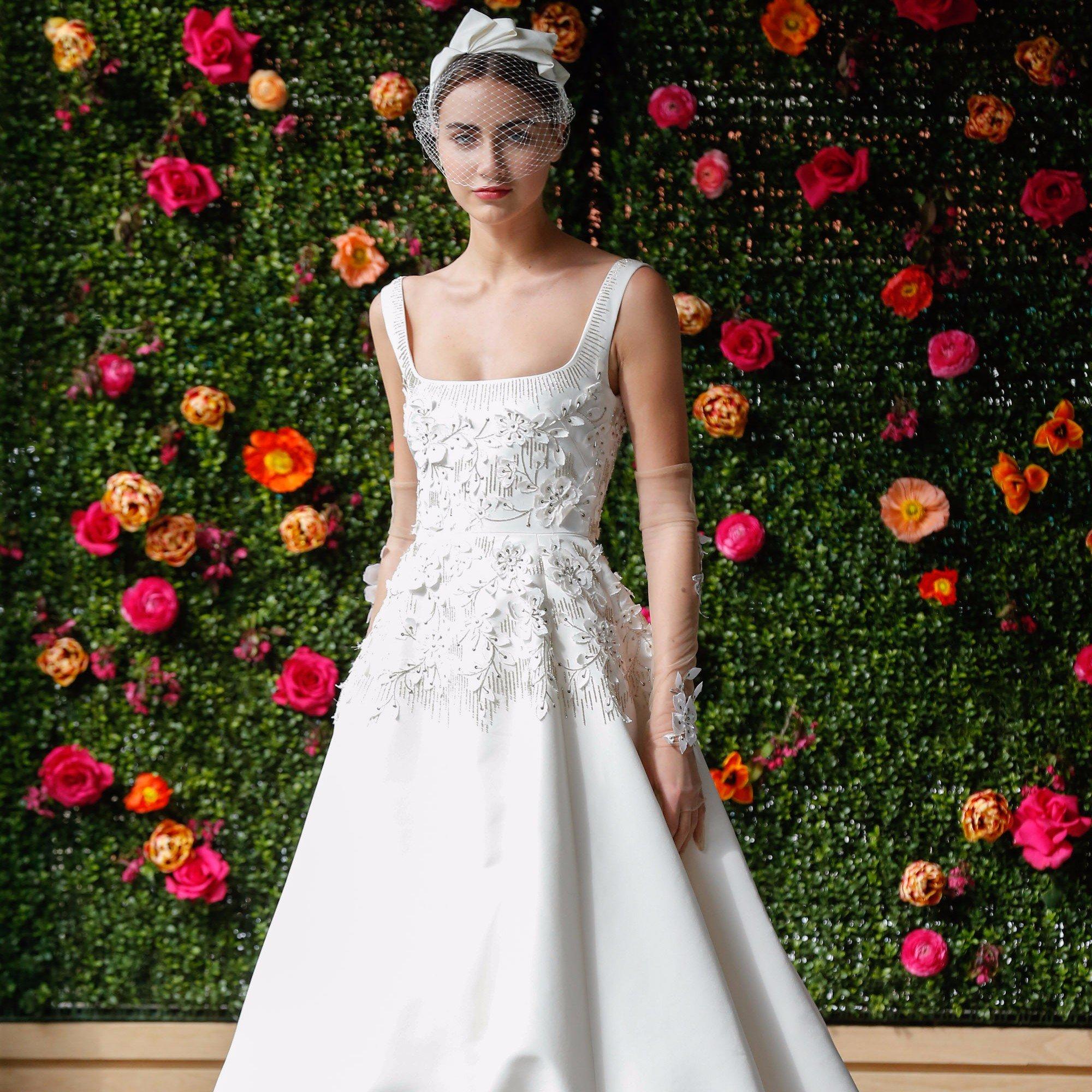 Свадебное платье 2018 с перчатками