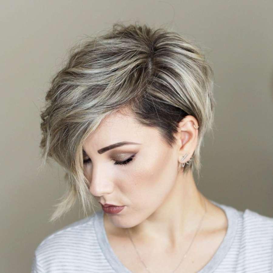 Окрашивание волос 2018 светлые пряди